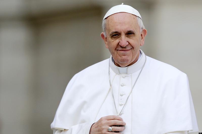 """El Papa dice: """"No cedas al desanimo""""."""