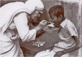 """""""SI NO AMAS A TU HERMANO A QUIEN VES, COMO PUEDES AMAR A DIOS A QUIEN NO VES?"""" Homilía del Papa"""